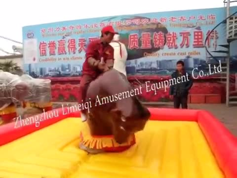 Christmas red amusement game inflable mechanical bull