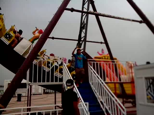 used commercial playground equipment rides hot sale