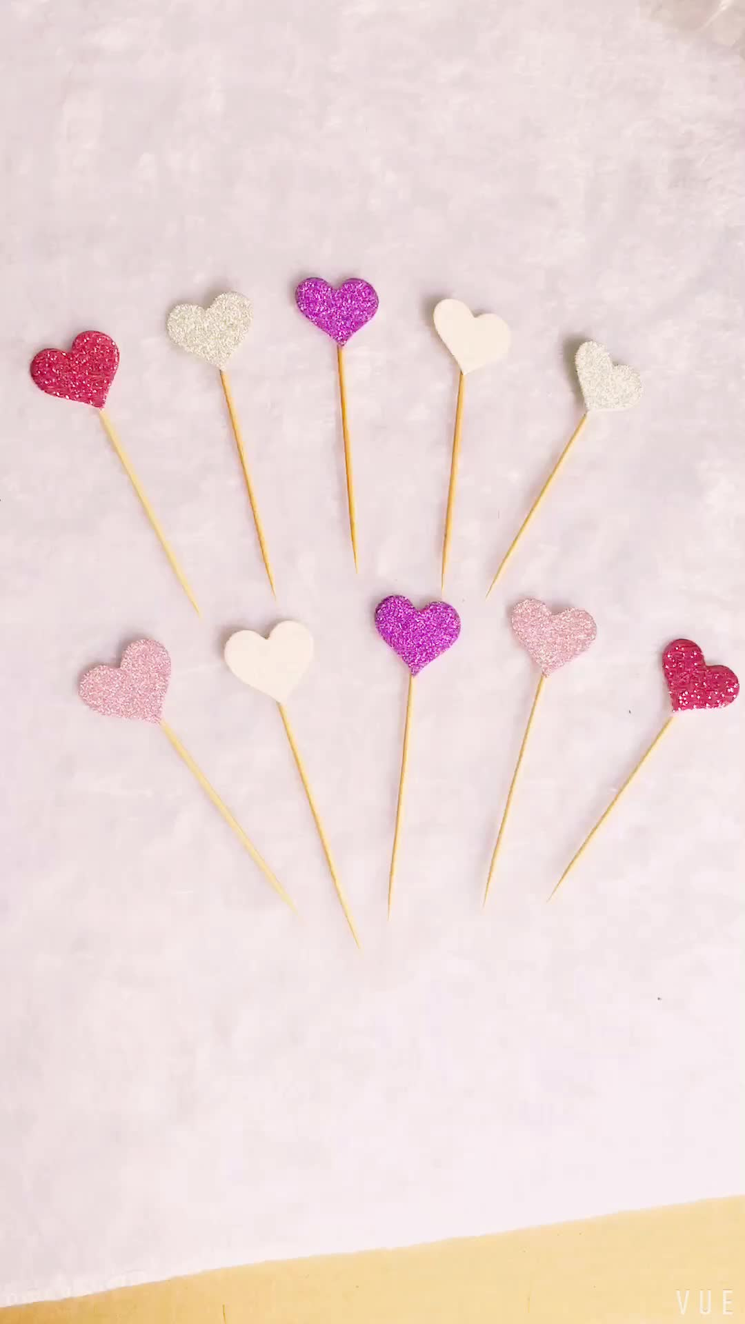 2017 New! Lovely Heart Cupcake Toppers Birthday Cakes Topper Picks Kids Birthday/Wedding Festival Party Decoration Supply PQ038