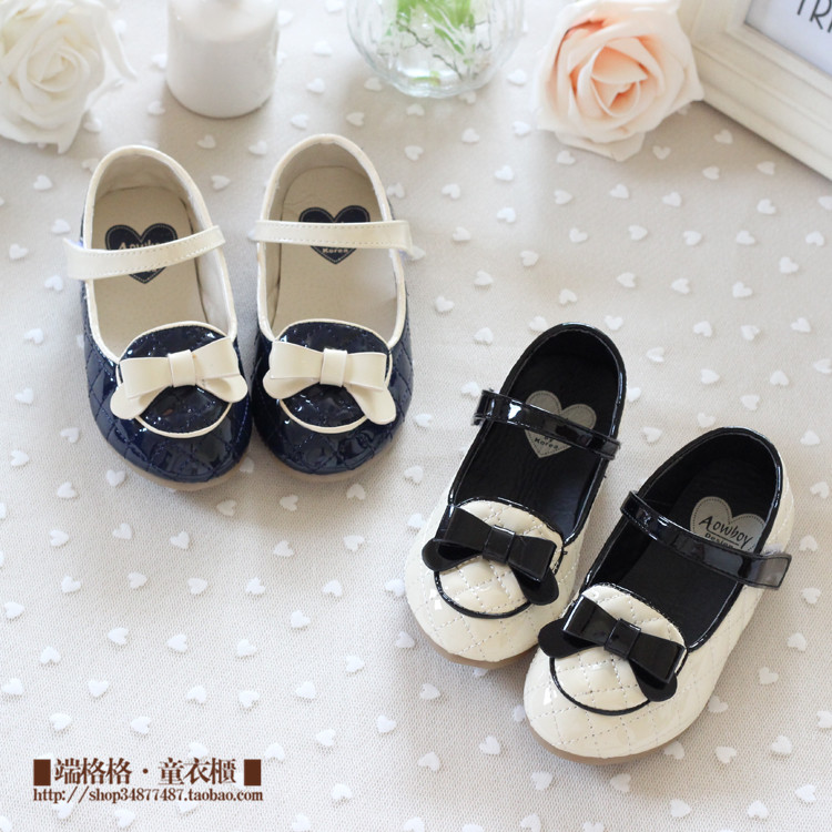 2013 autumn models girls shoes children's shoes, children shoes Korean version of the princess soft soled shoes patent leather shoes tide