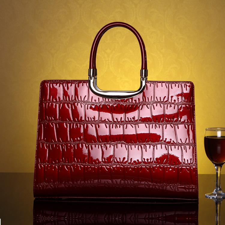 2013新款大牌女包珠光漆皮鳄鱼纹职业手提包晚宴包新娘包包红色