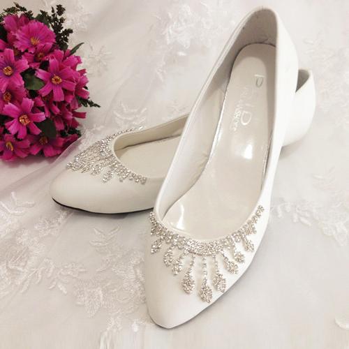 水晶鞋婚鞋新娘白色结婚鞋低跟水钻礼服鞋新娘鞋伴娘鞋唯美时尚