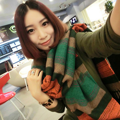 Korean version of the new winter ladies wool plaid cashmere scarf fringed scarf shawl colorful British dual