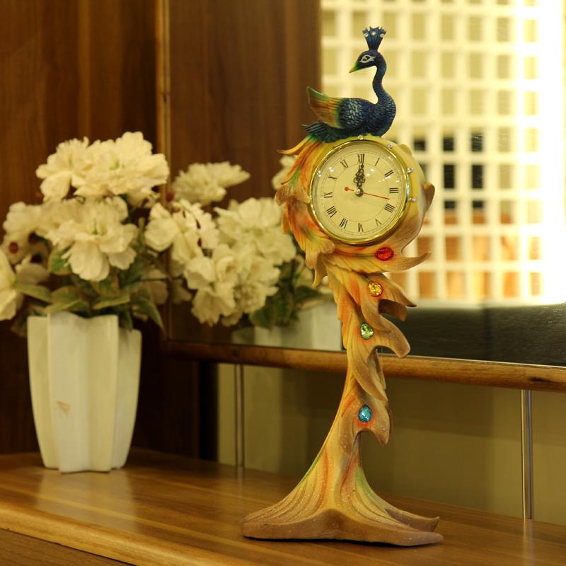Настольные часы Европейский Павлин гостиной исследование Office крыльцо украшения украшения дома моды Ретро часы Часы