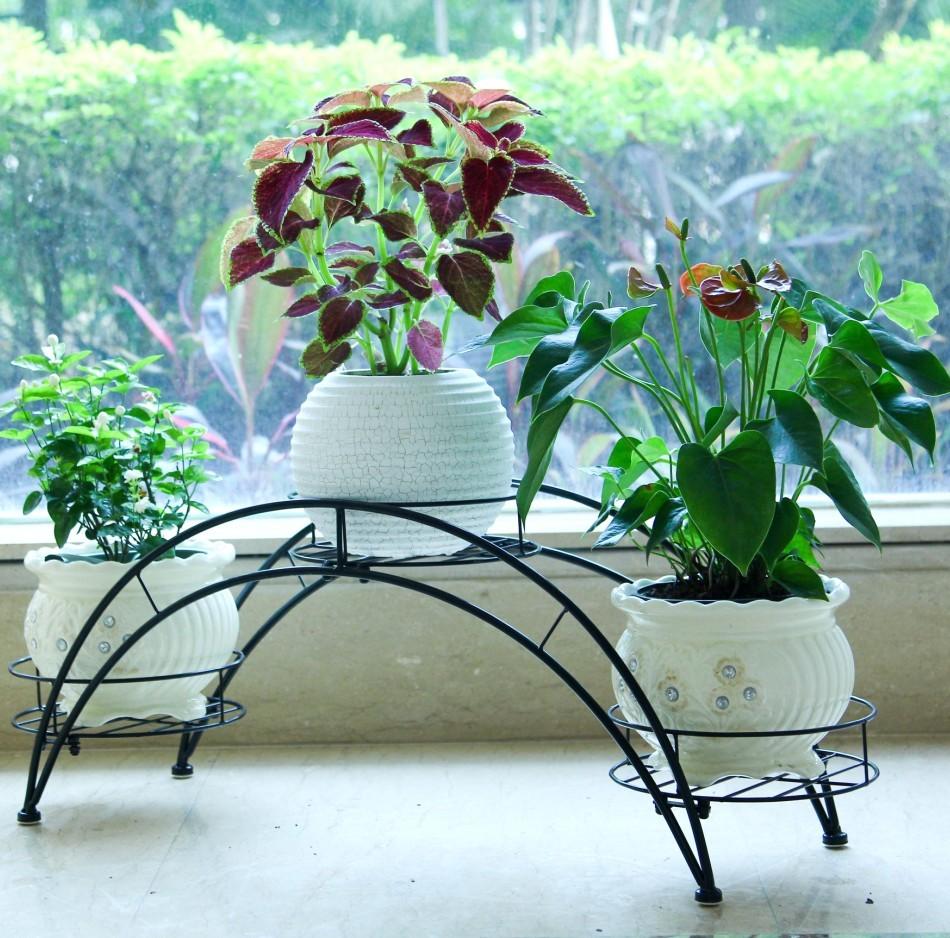 Подставки для садовых цветов своими руками фото 94