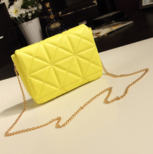 2013 new European and American fashion diamond lattice chain bag Korean version of the retro shoulder the diagonal mini bag female bag tide