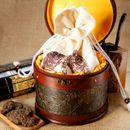 Discount Chinese Red Jing Mai Mountain Old Pu'er Tea Brick 2005 with Pocket and Leather Buckets for Gift 0.6KG Net