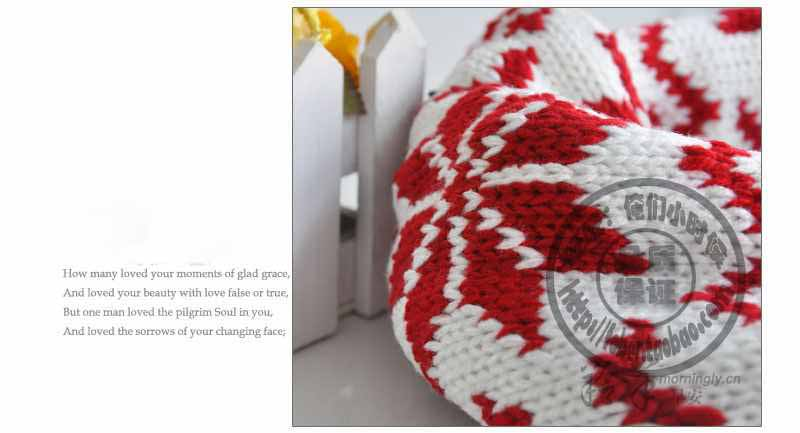 Цвет: Белый красный роскоши