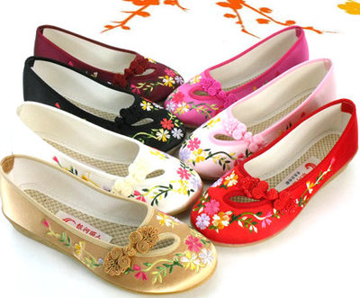 2014 new old Beijing embroidered shoes embroidered shoes breathable classic beauty with high-heeled slope Rainbow tendon at the end