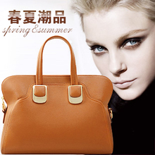 2013 new authentic European and American classic / diagonal portable shoulder female bag big / special clearance Korean tidal