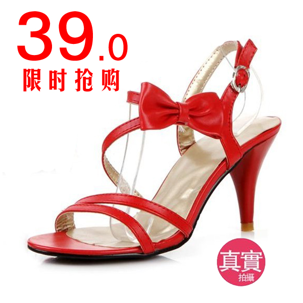 达芙妮糖果色蝴蝶结细带凉鞋罗马女式高跟鞋新款细跟婚鞋子清仓