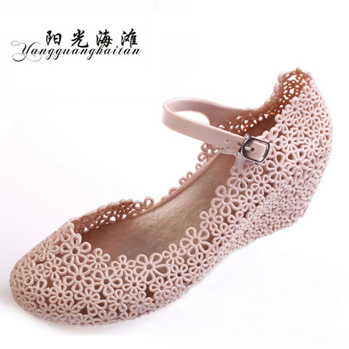 Hole nest shoes women Sandals shoes wedges Sandals high heels shoes with plastic mesh flower in summer the new 2013