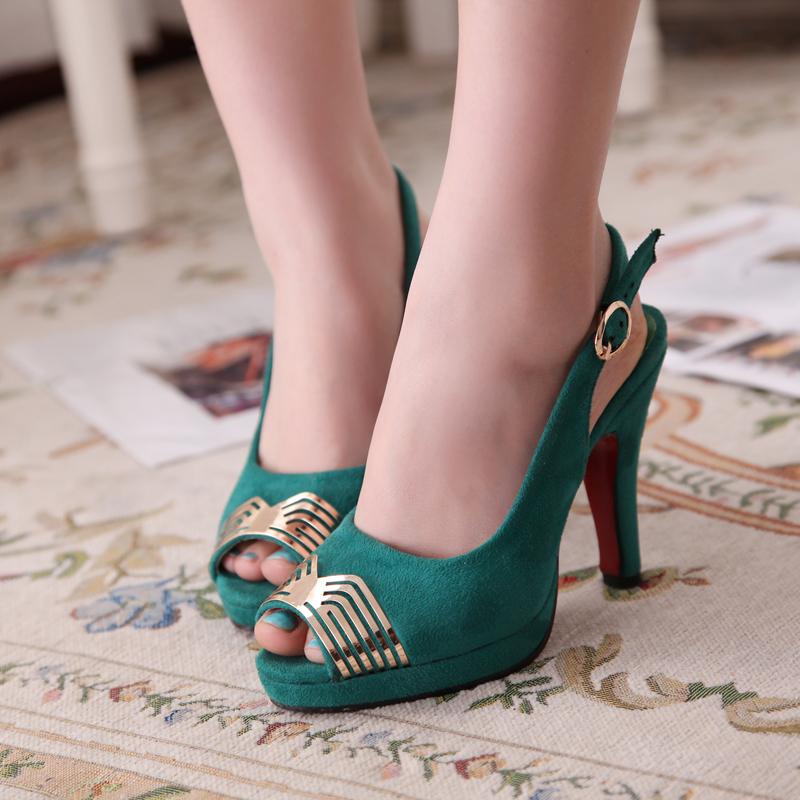 新款韩版女鞋金属鱼嘴鞋绒面防水台搭扣凉鞋玫红色绿色高跟鞋婚鞋