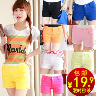 For post 2013 new summer ladies ' denim cotton candy color Joker-like Korean shorts hot pants shorts women