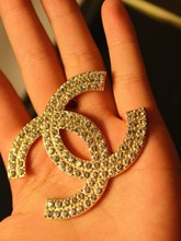 Fashion good with small fragrant wind oversized brooch full of diamond double C