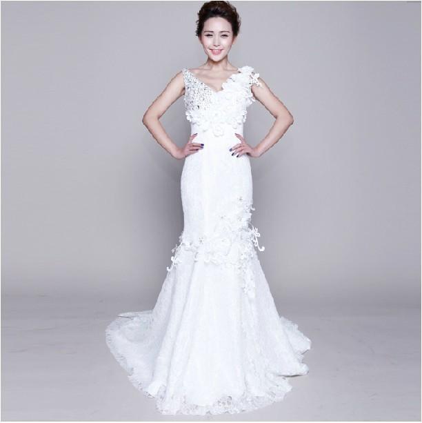 2013 新款婚纱礼服 甜美花朵深V领 收腰包臀鱼尾优雅蕾丝拖尾婚纱