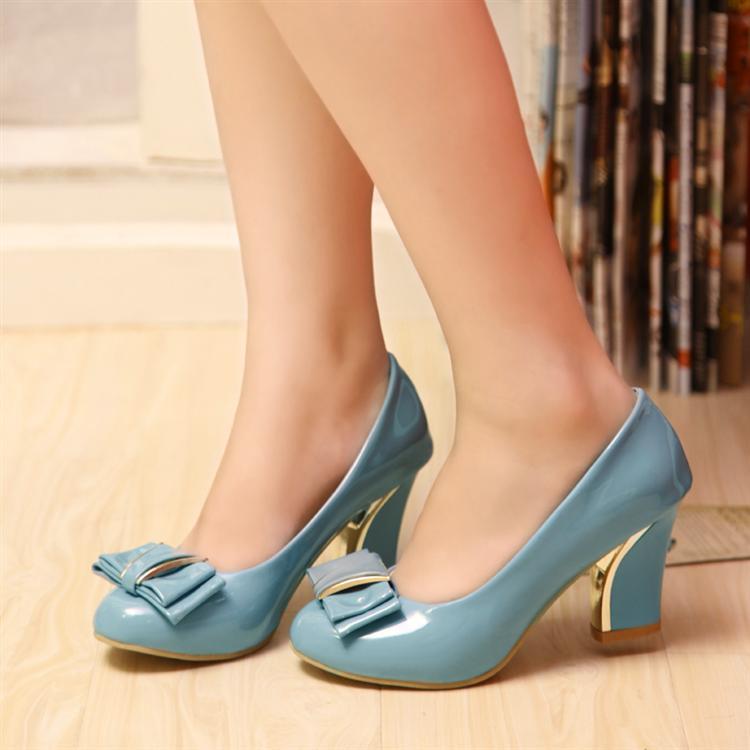 包邮新款小码32 33漆皮蝴蝶结粗跟高跟单鞋大码鞋40-43婚鞋新娘鞋