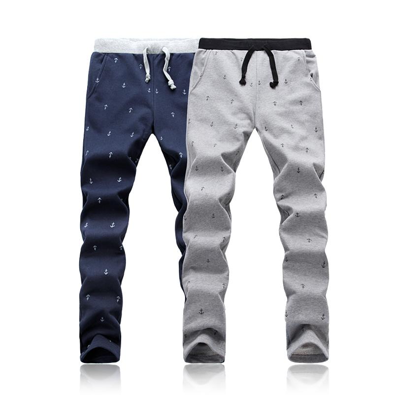 Повседневные брюки 3,000 233 2013