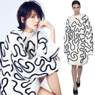 刘涛同款白底黑色车绳中长款毛衣 时装杂志