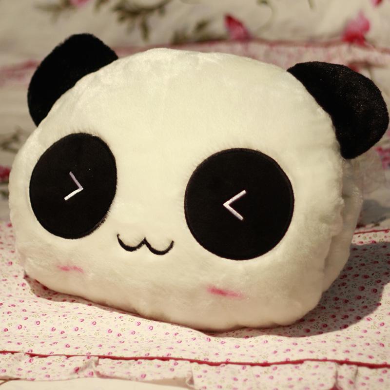可爱熊猫娃娃暖手抱枕创意靠枕