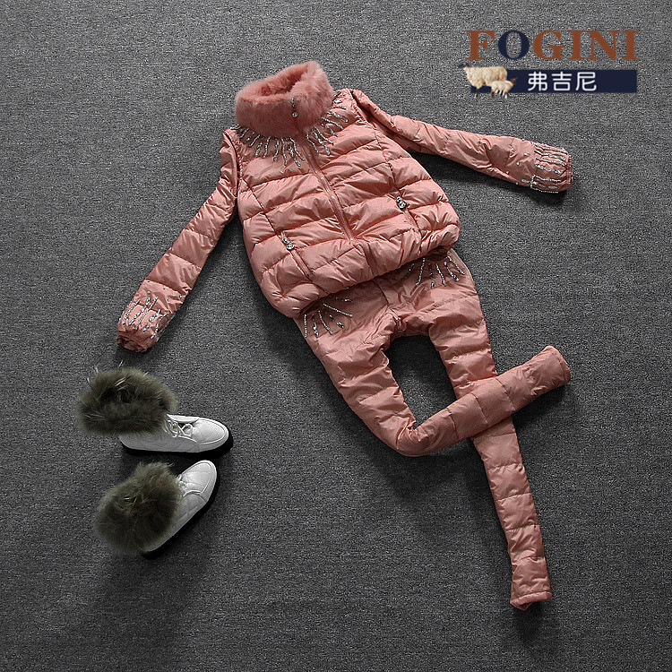 Женский пуховик Европе зима 2013 новой женской моды вниз на три набора три цвета Taobao агента Зима 2013 Разные материалы Городской стиль