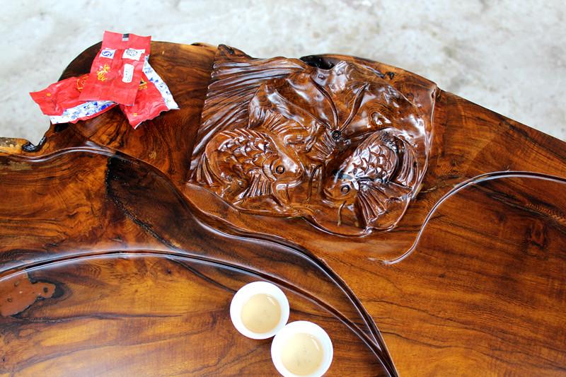 Резной чайный стол Крылья древесины производители Специальный чайный стол журнальный столик твердой древесины красного дерева естественный корень чай чай чай моря древесины Дерево с годовыми кольцами Фауна