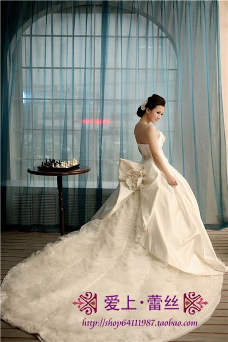 Свадебное платье Vera Wang Плотная ткань