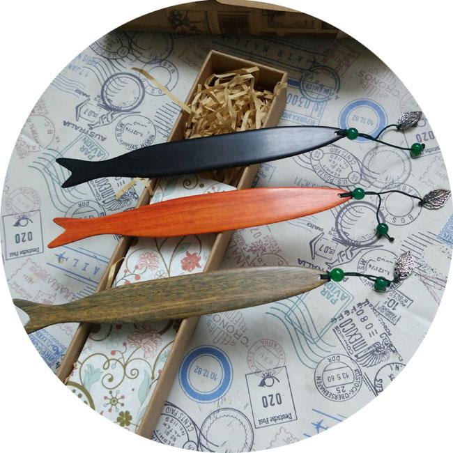 创意中国古风双鱼绿珠檀木书签