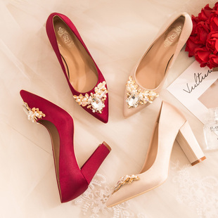 孕妇可穿婚鞋女2018新娘鞋子结婚酒红色粗跟防水台高跟鞋
