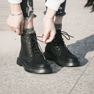 与格2018秋冬靴子欧美原宿风平底马丁靴女英伦风复古短靴