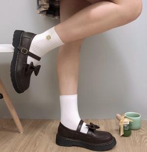 2020秋季小皮鞋女学院jk黑色鞋英伦风百搭软妹日系复古玛丽珍单鞋