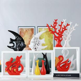家居饰品创意小摆件客厅酒柜电视柜现代摆设装饰陶瓷工艺结婚礼物