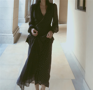 高个子连衣裙气质夏 超长款到脚踝内搭裙子 波点雪纺长袖v领长裙