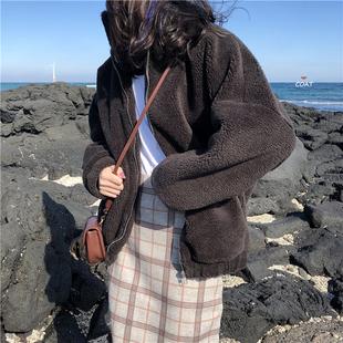 韩国ins秋冬纯色简约宽松短款拉链加厚防风羊羔毛工装小外套女