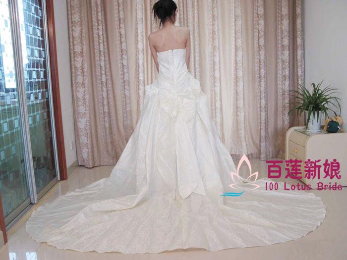 Свадебное платье One hundred lotus hs0028 Другие материалы Длинный шлейф