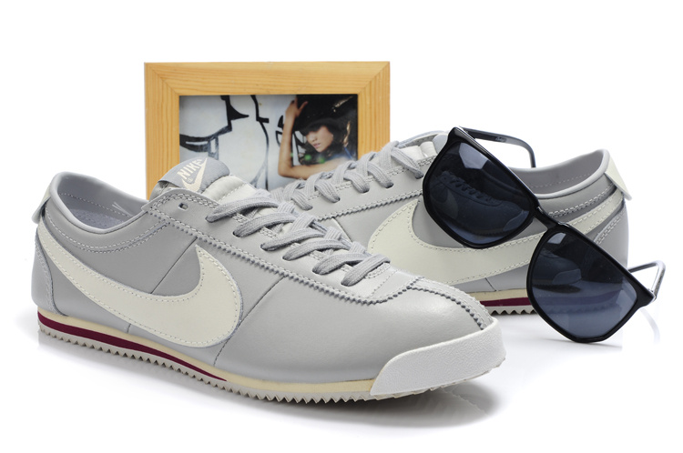 Кроссовки nike2012头层皮cortez classic og leather 上市灰白40-44