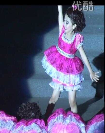 新款儿童演出服幼儿小荷风采小脚丫舞蹈服装幼儿蓬蓬裙 舞蹈服装
