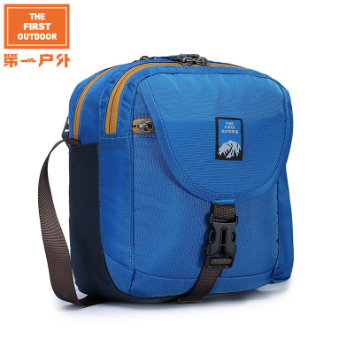 America's first outdoor water repellent men Messenger bag portable mini backpack can be incorporated