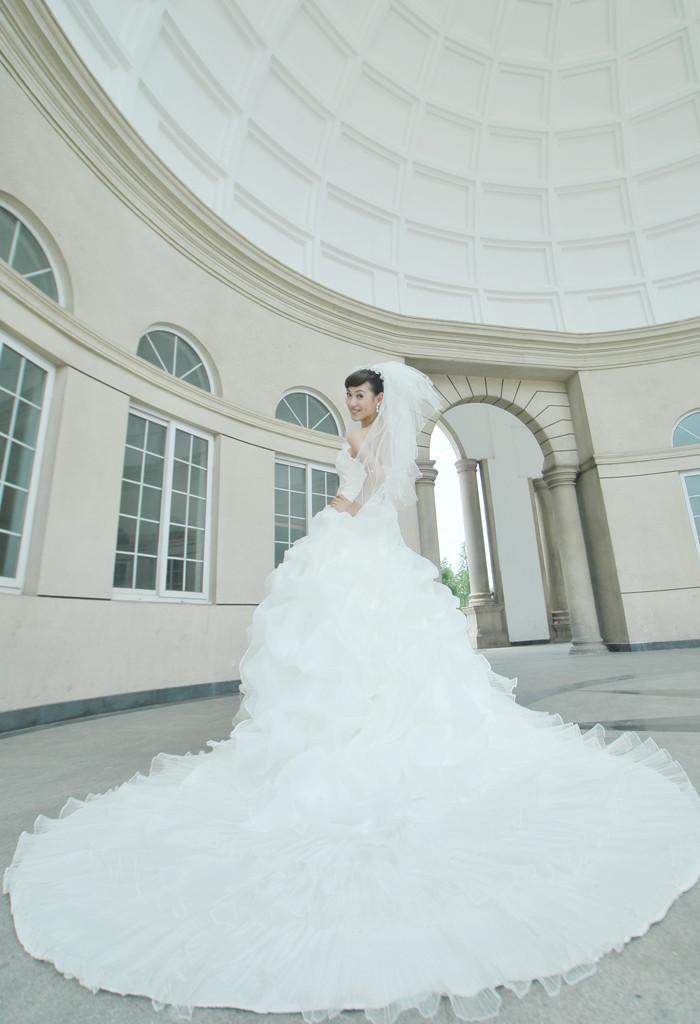 Свадебное платье Angel according to Han HS160 Плотная ткань Длинный шлейф
