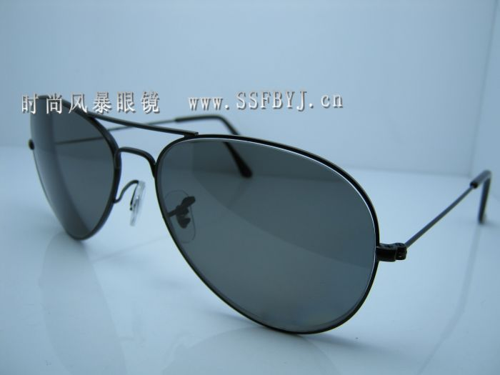 Lei Peng Sunglasses http://www.ordersmax.com/p-6209368489-RAYBAN-Ray-Peng-classic-yurt-myopia-polarized-sunglasses-3025-myopia-sunglasses-3026-(with-degrees.html