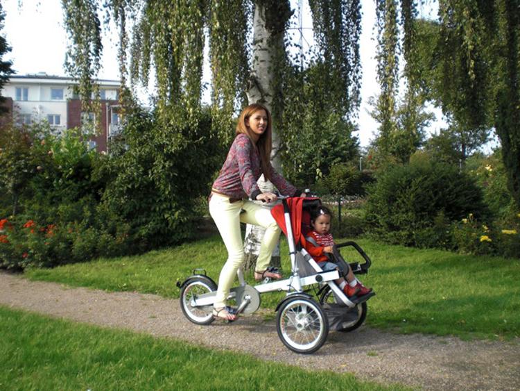 Велосипед для матери и ребенка Rhea  Nucia