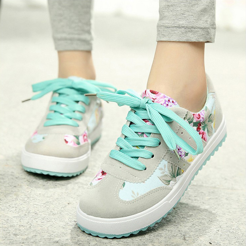 Small fresh floral canvas shoes autumn new Korean version of the influx of female candy-colored flowers student shoes casual shoes shoes