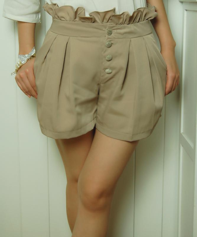 Женские брюки [Cc home] 2013 Vivi Шорты, мини-шорты Другая форма брюк Дикие должны быть удалены 2013 года, Весна 2013 Тонкая модель Оборка