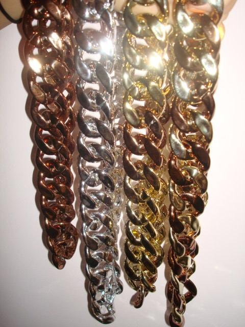 Ожерелье Ночной клуб певица DS, основные акриловые супер хип-хоп диджей крупно ожерелья пластиковые цепи короткие ключицы 25 таблетки