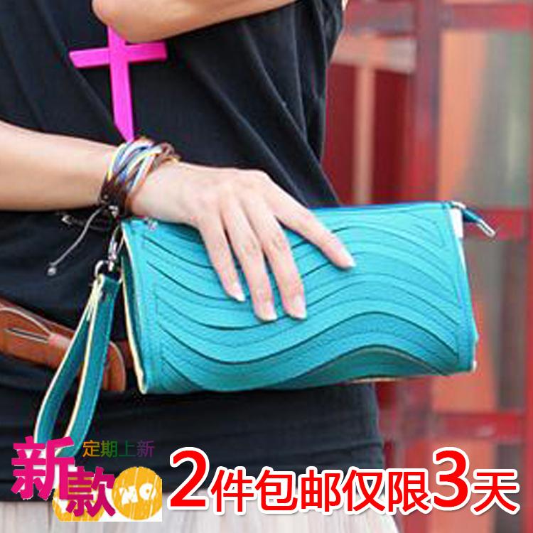 2012最新款韩版女包糖果色小包包波浪手包手拿女包时尚特价女包包