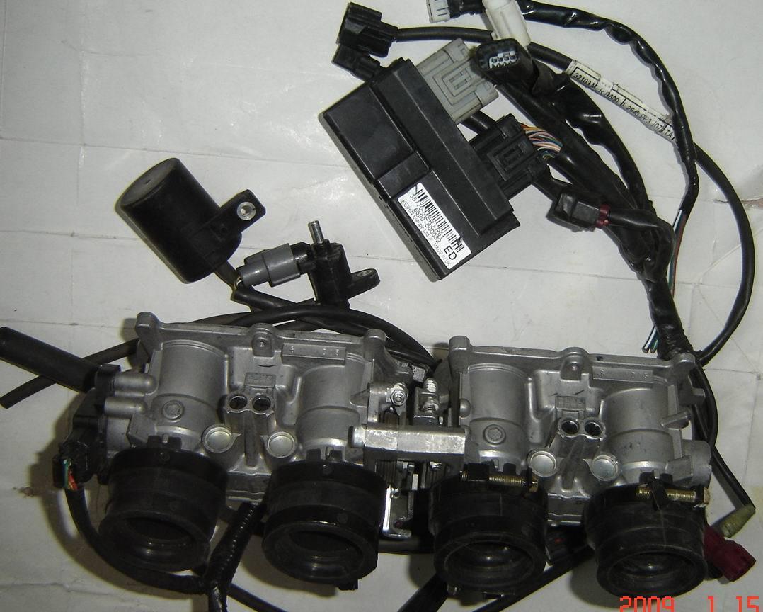 Запчасти для мотоциклов Honda  F1 400-600CC