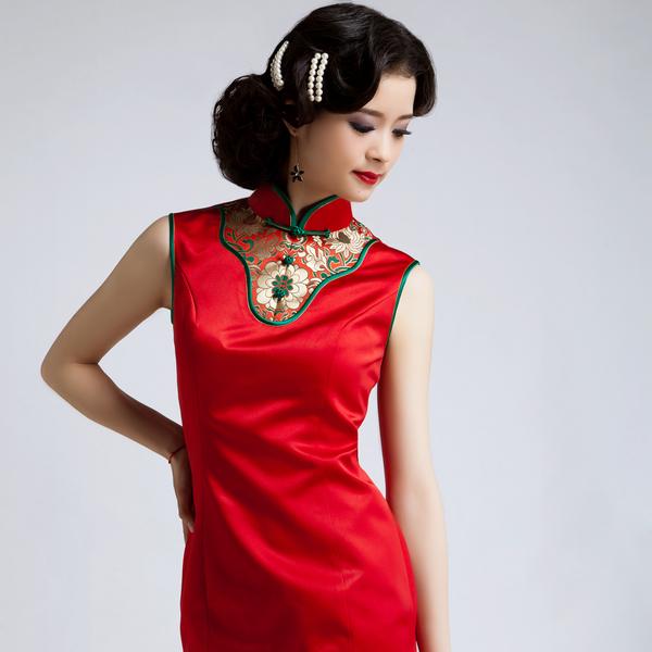 2013 新款红色旗袍 新娘婚纱礼服 改良旗袍 实物拍摄