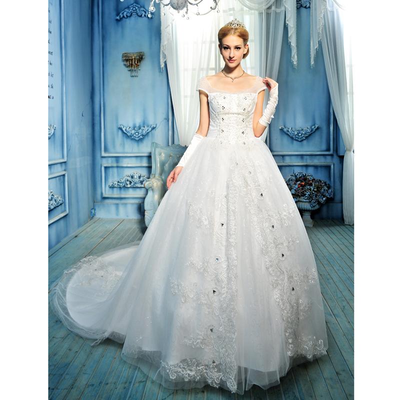 白色高档高端新娘婚纱礼服 2013最新款 春季一字肩水钻蕾丝小拖尾