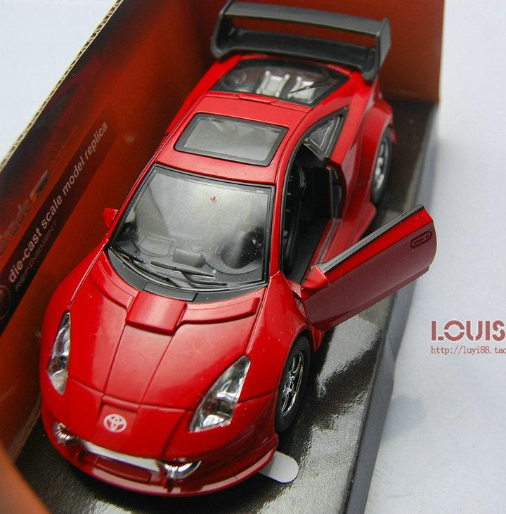 Модель машины Toyota автомобиль модели металла модель автомобиля гоночные автомобили, украшения красный 1:32