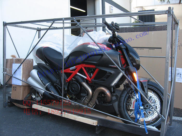 Мотоцикл Ducati  11 Diavel Carbon